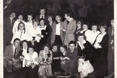 studniowka-13.1.1979-od-lewej-Z.Kułagasp.D.MoskalH.ObaraI.SwierczB.PietruszkaTFąfaraL.JałosińskaM.PrzytułaE.WaruszewskaW.RogalaE.MajkaD.NowakB.JędrychowskaD.LipiecM.Kolasana-dole-W.Maj_